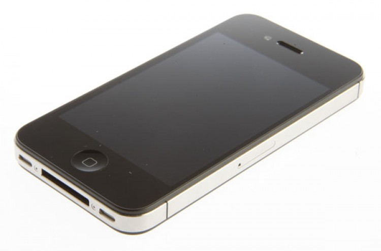 Apple iPhone 4S 16 GB (белый)